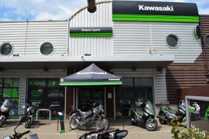 devanture kawalyon magasin moto dardilly